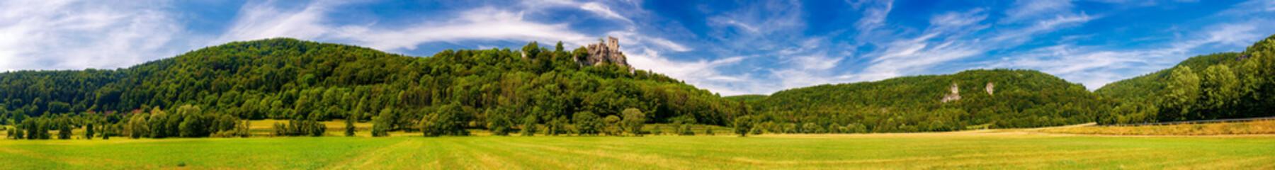 Burgruine Neideck über dem Wiesenttal, Fränkische Schweiz, Bayern