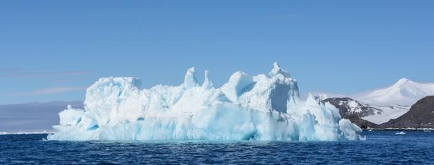 In de dag Antarctica glacier bleu en péninsule antarctique