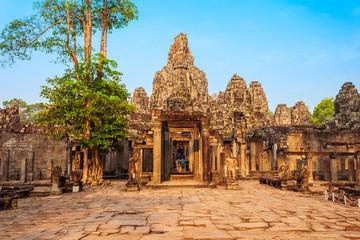 Bayon temple in Siem Reap Fototapete