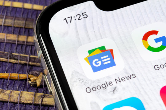 Sankt-Petersburg, Russia, December 5, 2018: Google News application icon on Apple iPhone X smartphone screen close-up. Google news app icon. Social network. Social media icon