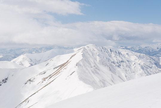 谷川岳 雪山 登山者