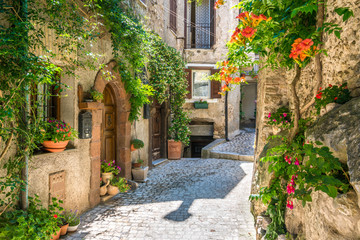 Papiers peints Ruelle etroite Scenic sight in Artena, old rural village in Rome Province, Latium, central Italy.