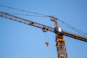 A construction crane in the evening light