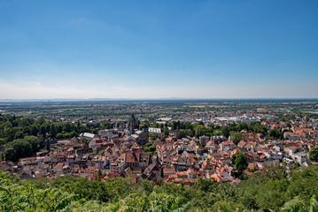 Blick auf die Altstadt von Weinheim an der Bergstraße in Baden-Württemberg, Deutschland