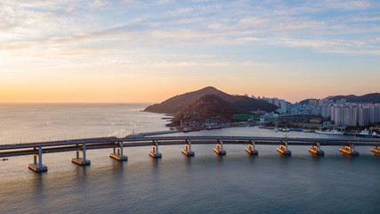 Papier Peint - Aerial view of Gwangan Bridge in Busan City,South Korea