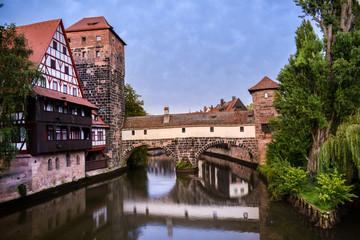 Fototapete - Norimberga - fiume Pegnitz