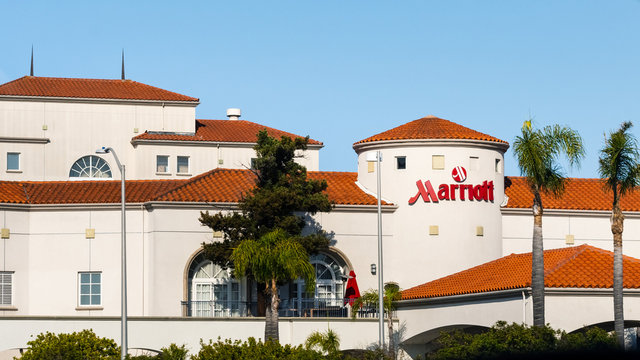 July 4, 2019 San Mateo / CA / USA - Exterior view of San Francisco Airport Marriott hotel