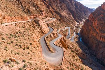 Keuken foto achterwand Marokko Picturesque Serpentine mountain road in Gorges Dades in high Atlas, Morocco