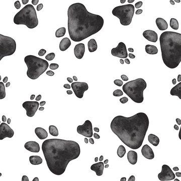 seamless pattern of paw print animal