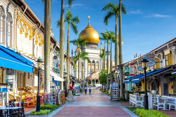 Photo sur Toile Singapoure street view of singapore with Masjid Sultan