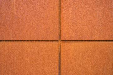 Hintergrund Fassadenplatten aus Eisenblech closeup mit Rost im Industrie Stil - Background facade panels of iron sheet closeup with rust in industrial style