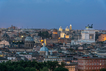 Photo sur Aluminium Rome Italy, Rome, looking down on City Rooftops at Twilight