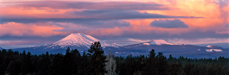 Wall Mural - USA, Oregon, Mt Bachelor. Clouds take on sunrise colors above Mt Bachelor in the Cascades Range near Bend, Oregon.