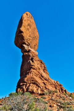 USA, Utah, Moab. Arches National Park, Balanced Rock