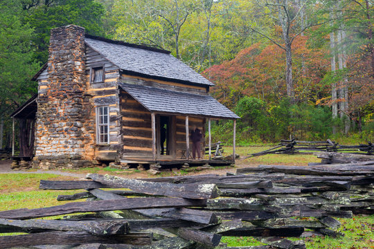 Tennessee, Great Smoky Mountains National Park, Cades Cove, John Oliver Place, farmhouse, built early 1820s
