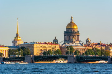 St. Petersburg cityscape with Saint Isaac's Cathedral, Russia Fototapete
