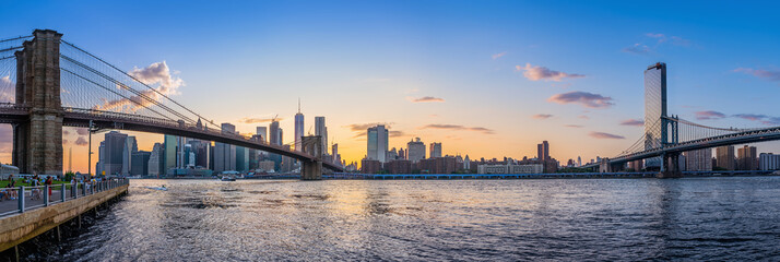 Wall Mural - panoramic view at lower manhattan while sunset