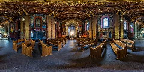 Papiers peints Lieu de culte Full spherical seamless hdri panorama 360 degrees inside interior of old Armenian church in equirectangular projection, VR AR content with zenith. VR content