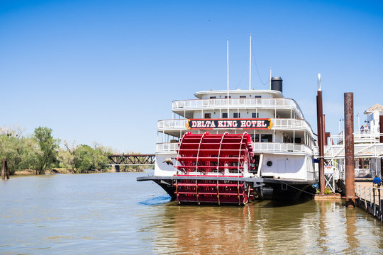 April 14, 2018 Sacramento / CA / USA - The Riverboat Delta King is a restored  paddle wheel steamboat which functions as a hotel and restaurant on the shoreline of Sacramento River