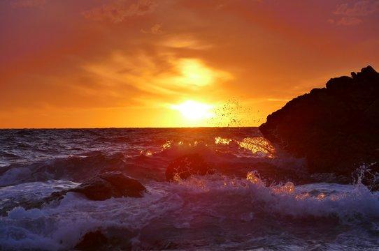 《日本海の夕焼け》青森県深浦町