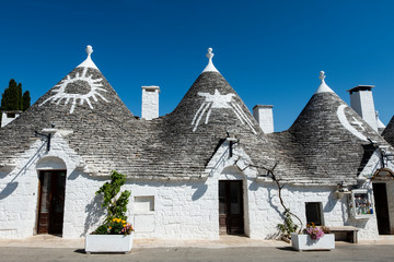 Foto op Plexiglas Historisch geb. Trulli di Alberobello in provincia di Bari Puglia