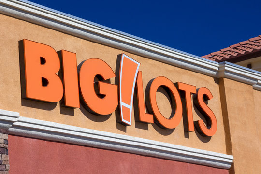Bit Lots Store Exterior and Trademark Logo