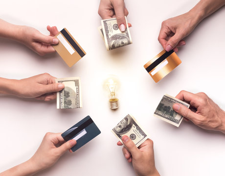 People giving money for development of new business idea