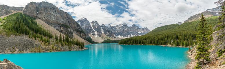 Aluminium Prints Mountains Moraine Lake Pano in Canada as beautiful lake