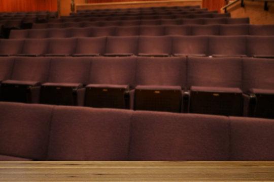 コンサートホールの客席