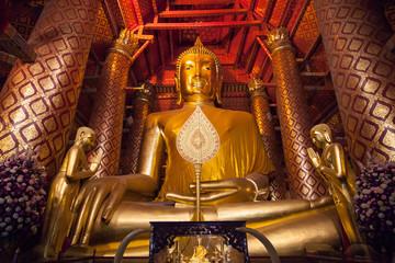 Luang Pho Tho in Ayutthaya