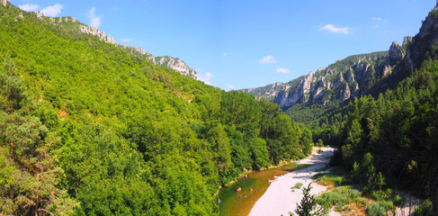Panoramic view of the famous Gorges du Tarn, canyon dug by the Tarn between Causse Méjean and the Causse de Sauveterre