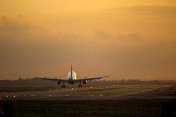 Tuinposter Airplane landing