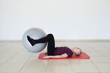 Pilates exercises for cancer treatment.