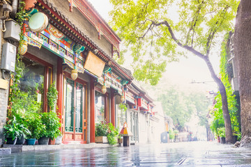 Foto op Plexiglas Smal steegje Nanluoguxiang of Beijing in the morning. The neighborhood contains many typical narrow streets known as hutong. Located in the Dongcheng district, Beijing, China.