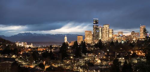 Fotomurales - Golden Seattle Washington Downtown City Skyline Puget Sound