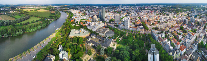 Foto auf Acrylglas Pistazie Offenbach - Great panorama of the city in summer