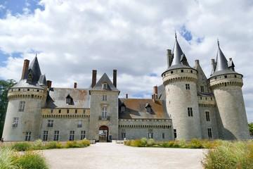 Façade du château de Sully-sur-Loire, Loiret, France