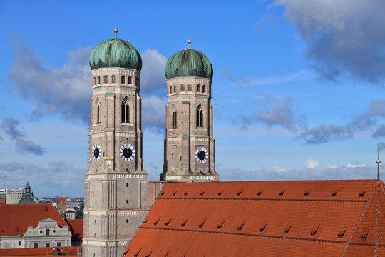 Blick auf die Frauenkirche | München