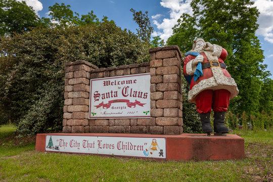 Welcome to Santa Claus Georgia sign