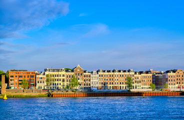 Foto auf AluDibond Rotterdam The canals and waterways in the city of Rotterdam, the Netherlands.