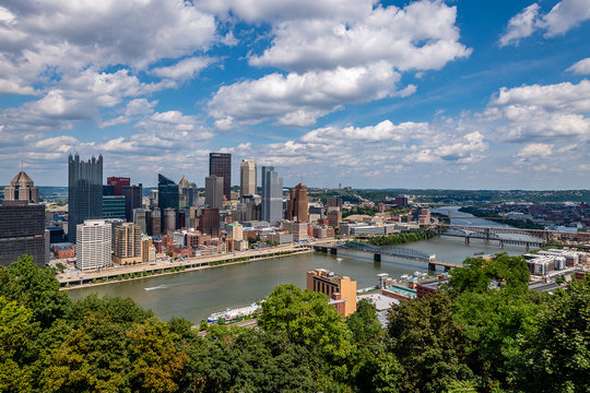 Pittsburgh Skyline from the Grandview Overlook