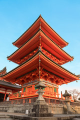 Fototapete - pagoda tower in Kiyomizu Temple in Kyoto Japan