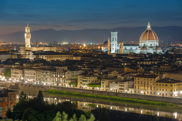 Fotomurales - Skyline of Historical city Florence, Tuscany, Italy at dusk