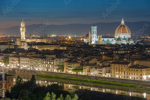 Fototapete Skyline of Historical city Florence, Tuscany, Italy at dusk