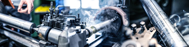 Industrie Fertigung an der Drechselbank