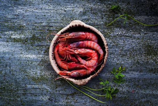 fresh raw mediterranean shrimps