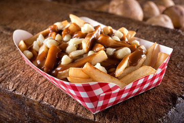 Recess Fitting Canada Poutine