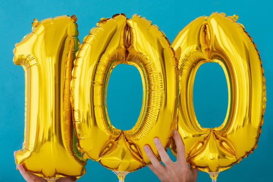 Gold foil number 100 celebration balloon