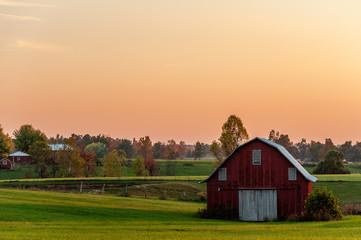 Fototapeta Red Farm Barn - Sunset - Bluegrass Region of Kentucky