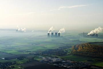 Kraftwerke bei Grevenbroich in NRW